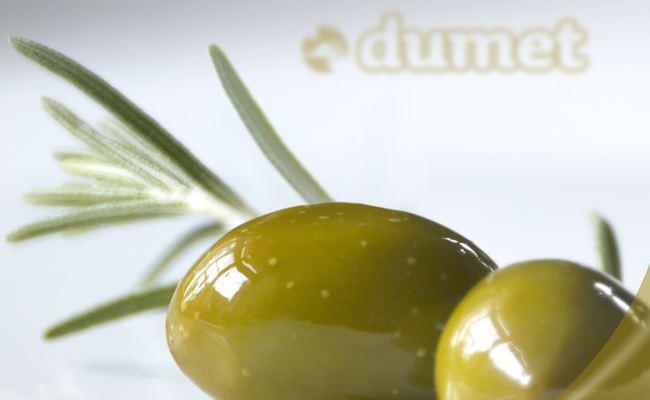 Dumet AG
